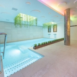 Sono and Spa Adults Only