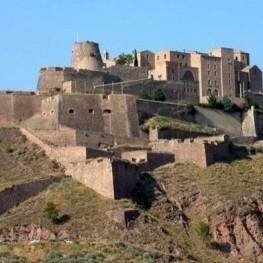 Catalogne, terre de châteaux