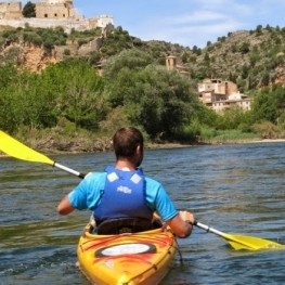 Raffle: 2x1 for a kayak route on the Ebro river
