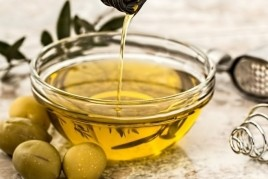 We make gastronomic tourism of the Virgin Olive Oil