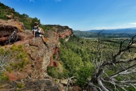 Active Femturisme in the Costa Dorada Mountains