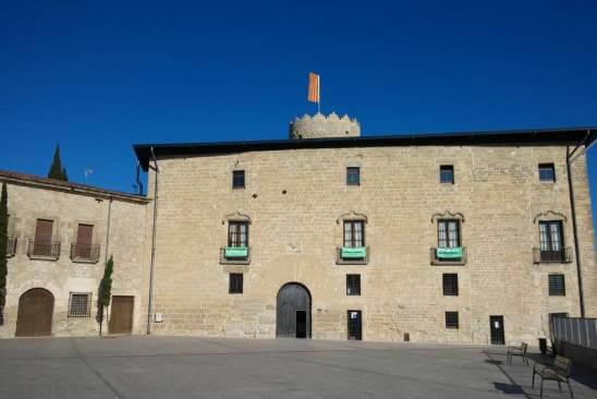 Visita la torre i castell dels Comtes de Santa Coloma