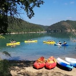 Actividad de Kayak en La Caseta del Pantà