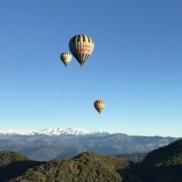 Passeig en carruatge per la fageda + Vol en globus a l'hivern
