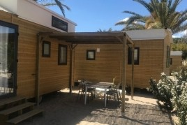 Accommodation in a Tiny Home + Port Aventura Tickets