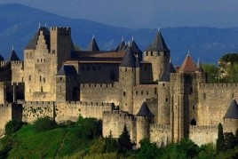 Holy Week in Carcassonne with children