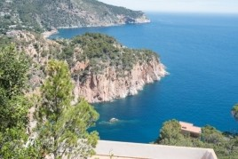 Come to Begur