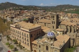 Discover the monumental historical nucleus of Solsona