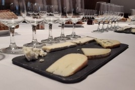 Tasting of artisan cheeses paired with wines, November 14 12h00