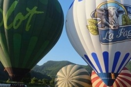 Balloon flight in winter + Visit to La Fageda Cooperative