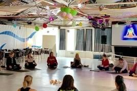 Mindfulness en família al Camping La Masia