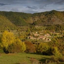 Castell de Milany des de Vallfogona de Ripollès