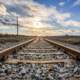 Adéntrate en las tierras de poniente en tren