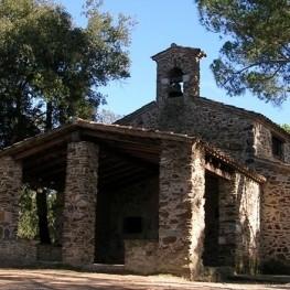 Ruta a la ermita de Sant Cristòfol del Bosc en Llambilles