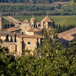 Cistercian Route III: Monastery of Poblet, history and present
